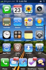 User Wallpaper and Transparent Dock from Winterboard