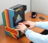 icade_desk_embed_zoom